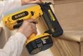 Компания DeWalt начала выпускать электрические гвоздезабиватели
