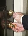 Как защитить дом от проникновения (10 полезных советов)