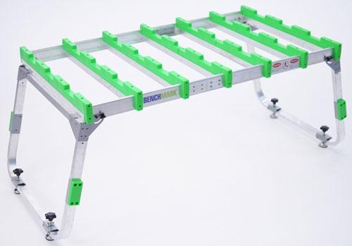 Высокотехнологичный портативный рабочий стол Benchmark Portable Work Table (ВИДЕО)