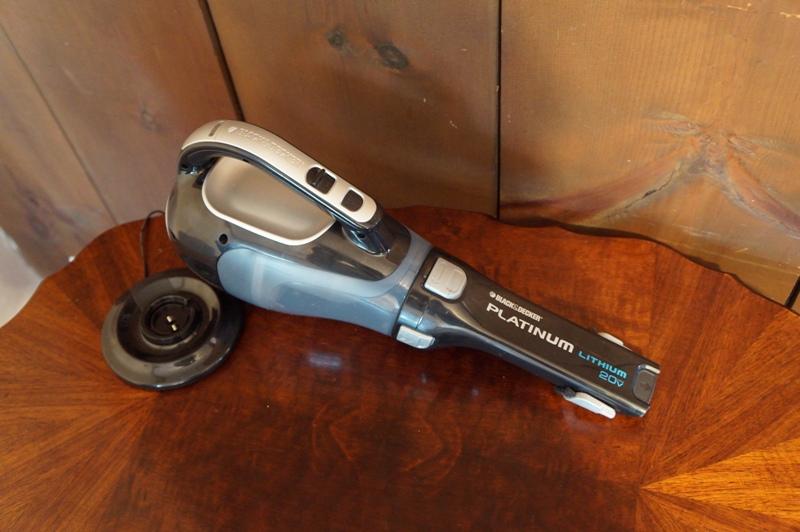 Аккумуляторный ручной пылесос Black & Decker Platinum BDH2000L