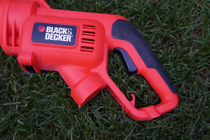 Электрический триммер Black & Decker GH3000