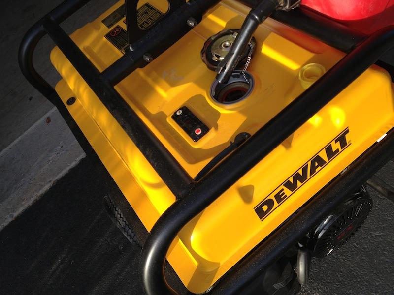 Промышленный 7200-ваттный генератор DeWalt DXGN7200