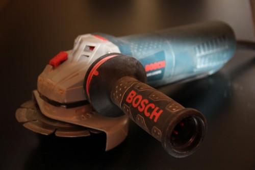 Угловая шлифмашина Bosch AG50-11VSPD с педальным выключателем