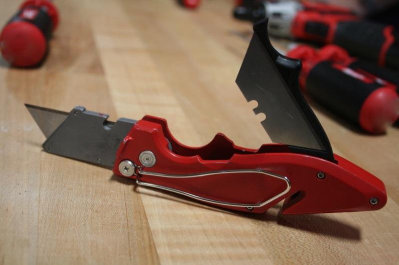 Складной нож Milwaukee Fastback 2