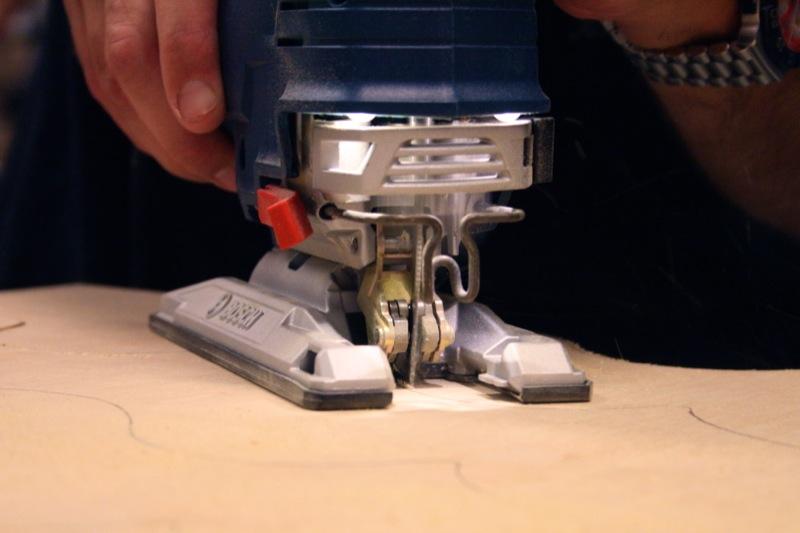 Электролобзик Bosch JS572EL