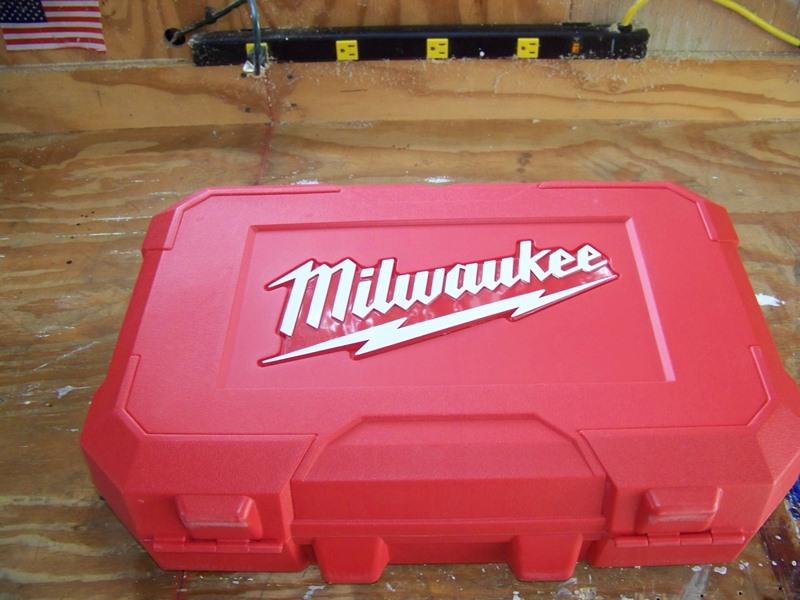 18-вольтный аккумуляторный электролобзик Milwaukee M18 Jig Saw  (ОБЗОР)