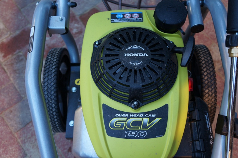 Минимойка Ryobi 3100 с бензиновым двигателем Honda (модель RY80940)