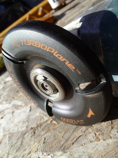 Превращаем болгарку в рубанок с помощью диска Arbortech TURBOPlane